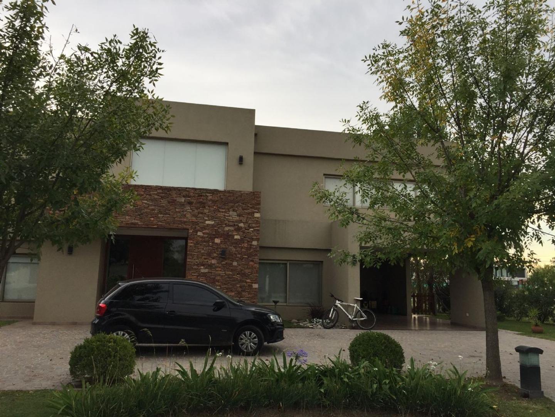Casa  en Venta ubicado en Terravista, Zona Oeste - OES0876_LP118633_1