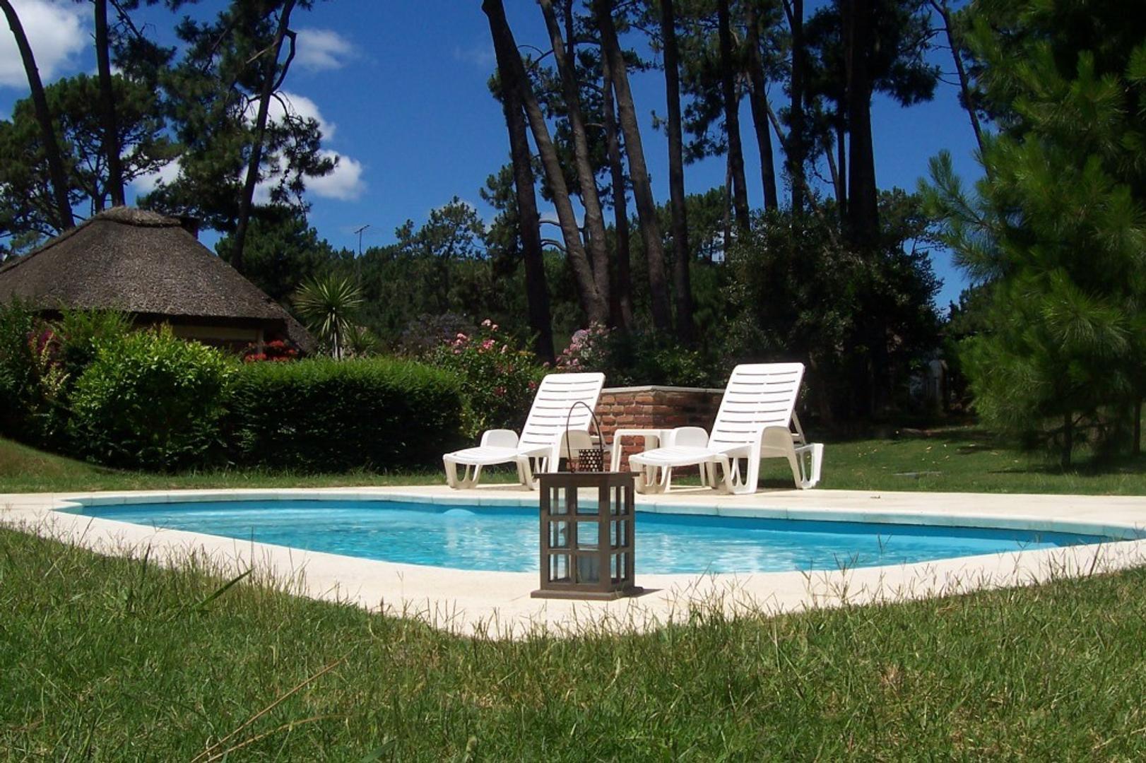 Casa en Alquiler Por Temporada en Pinares - 5 ambientes
