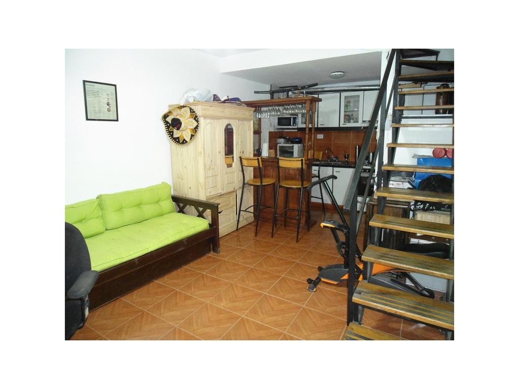 Duplex al frente 2 ambientes