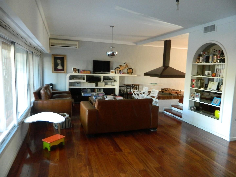 Venta Excepcional Casa 5 Ambientes en La Lucila - Roma Al 800