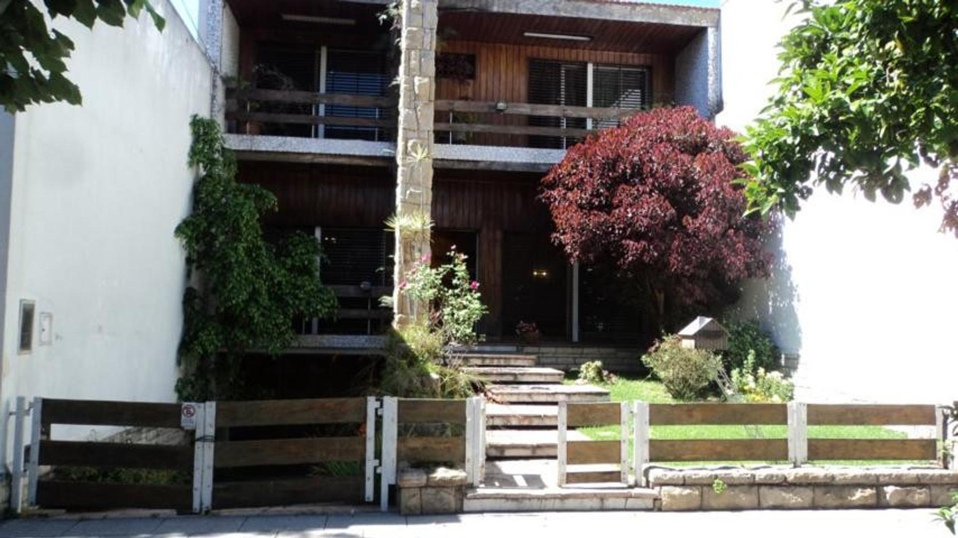 Casa en Venta en Floresta - 4 ambientes