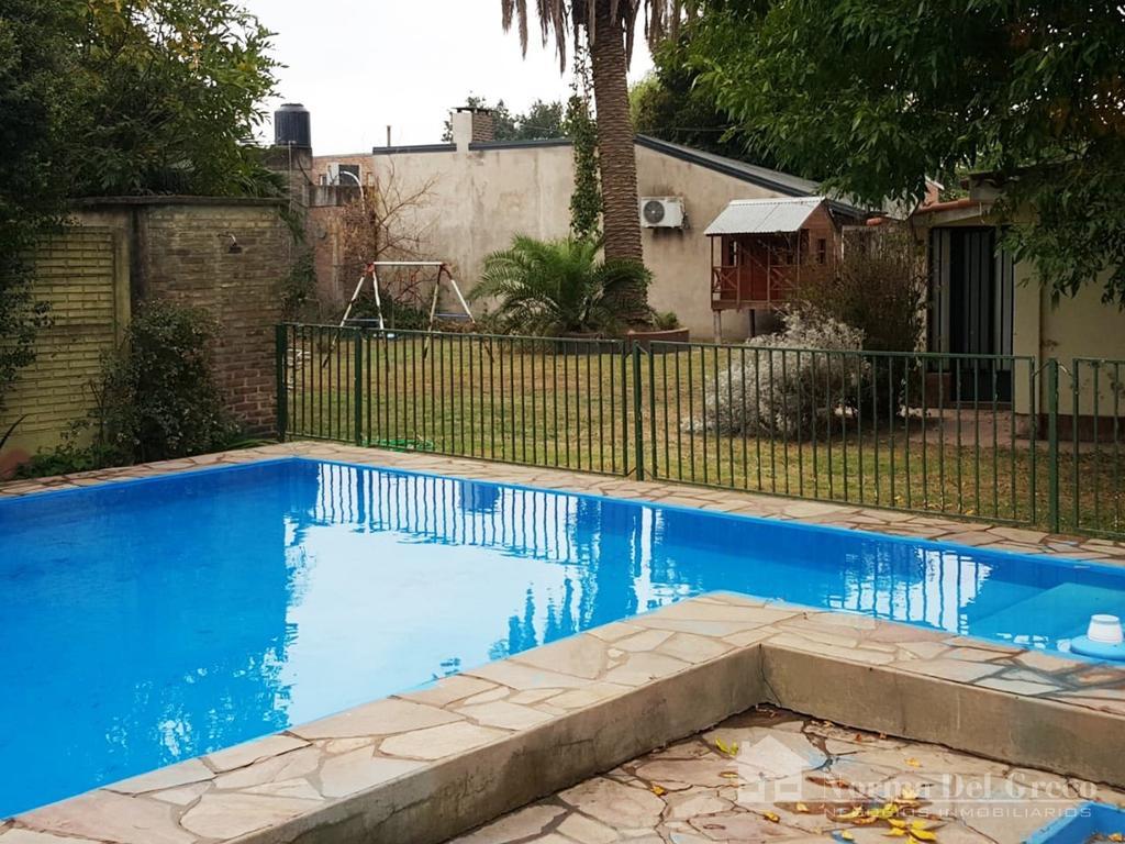 Norma Del Greco Vende: Zona Urbana, Chalet 3 Dormitorios, Houssay 1300, Excelente Ubicación, 1200 m2