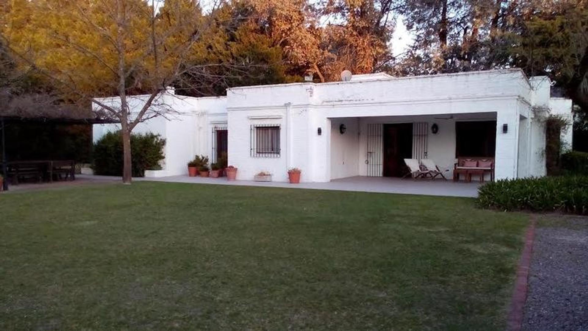 Casa en Carmel C.C