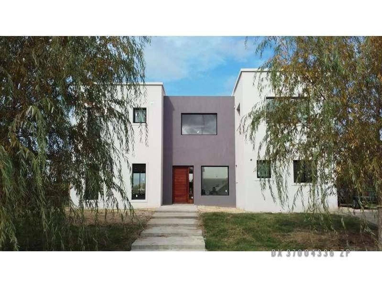 VN-San Benito - Casa en Venta USD 355.000