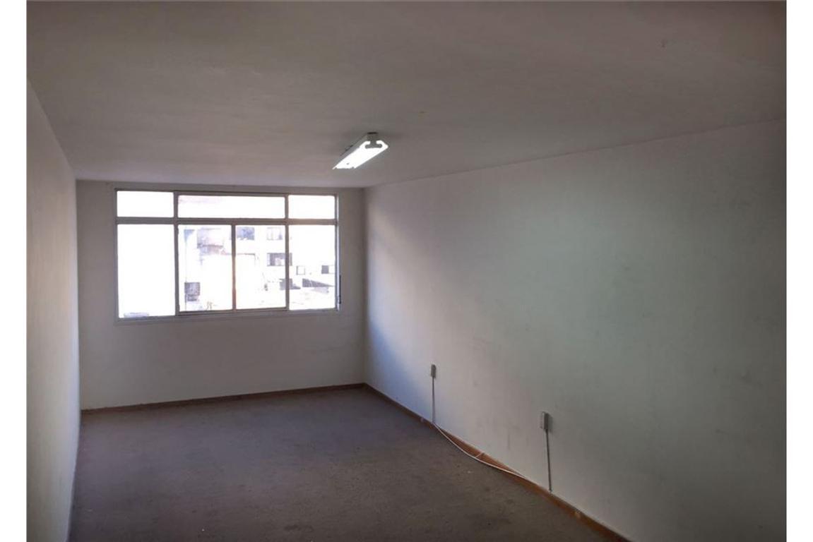 Venta Oficina en Balvanera - Edif. con Seguridad