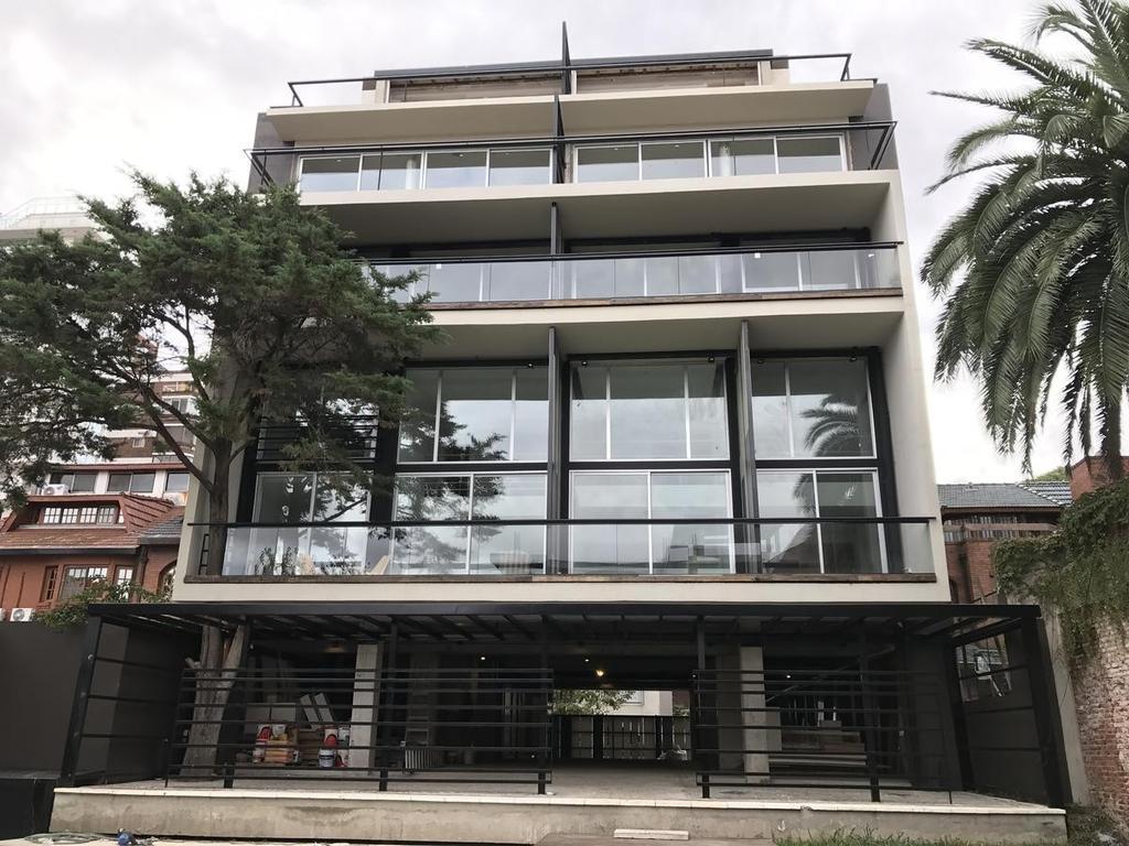 Park Haus · 2 amb c/ balcón · Minimalista · Ubic. Estratégica ·