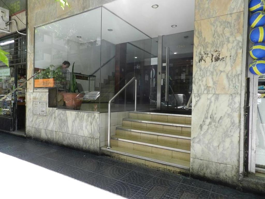 3 ambientes con balcón