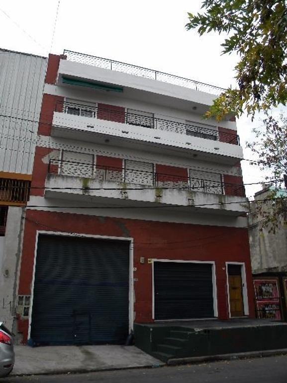 IMPECABLE PISO 5 ambientes + balcon