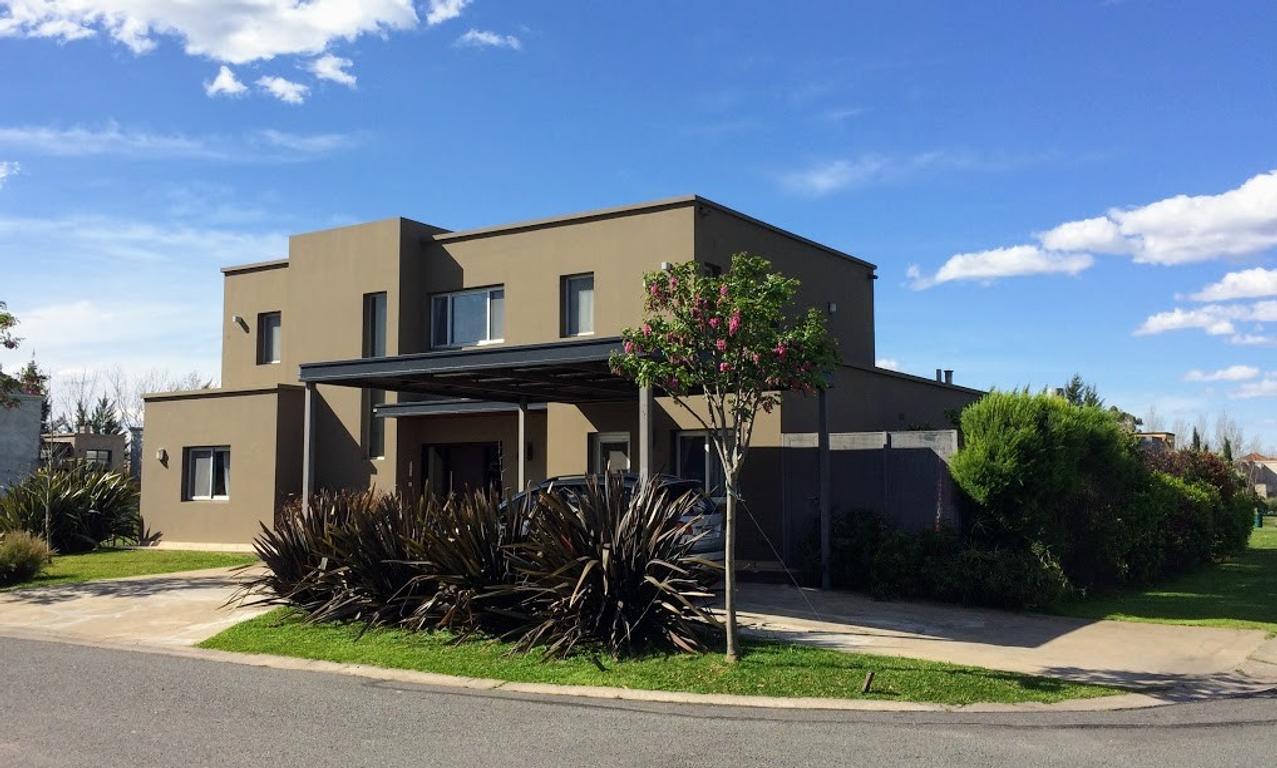 Barrio La Damasia - EXCELENTE casa en venta!