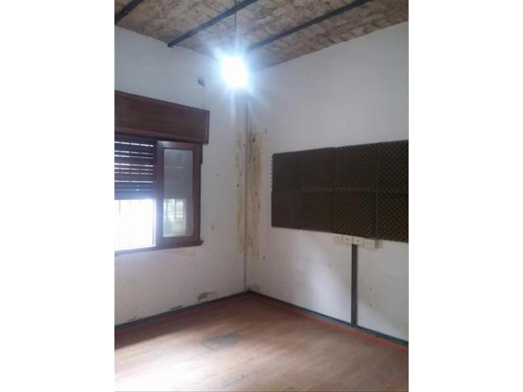 Departamento Tipo Casa en Alquiler 4 Dormitorios