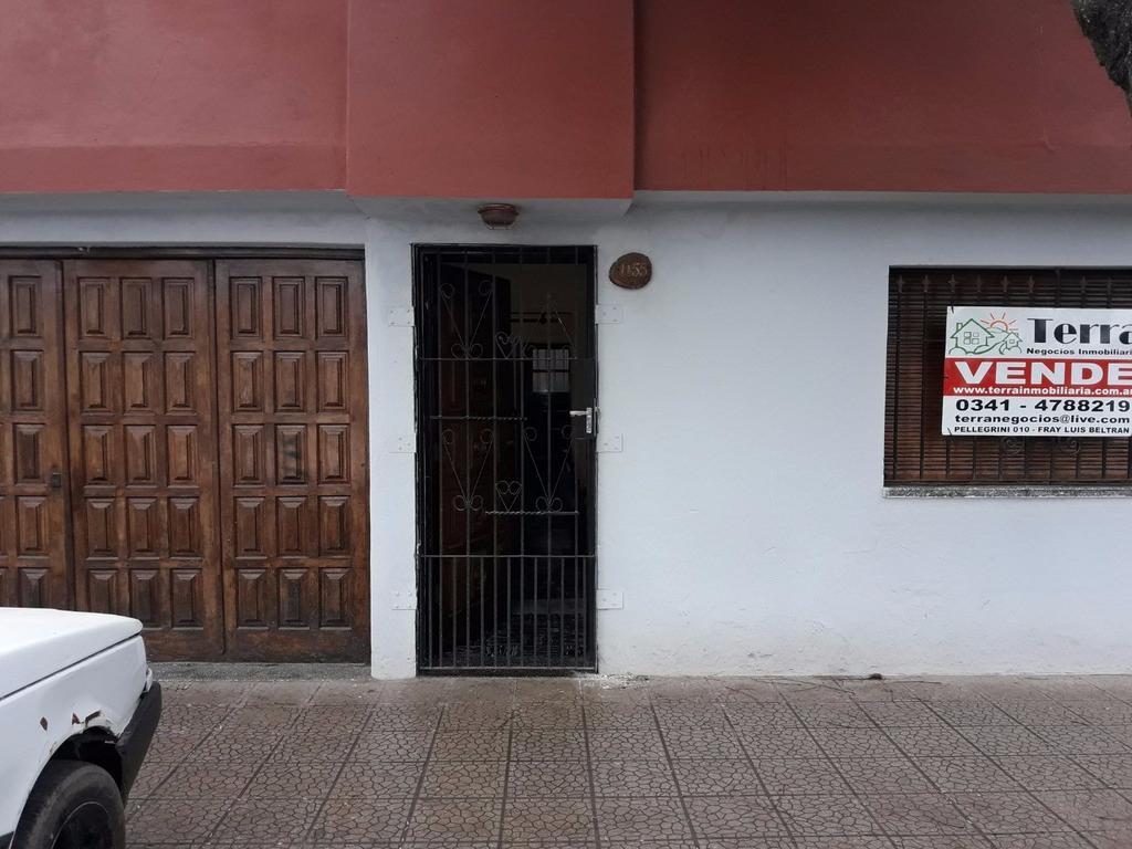 VENTA DE AMPLIA CASA EN PUERTO SAN MARTIN