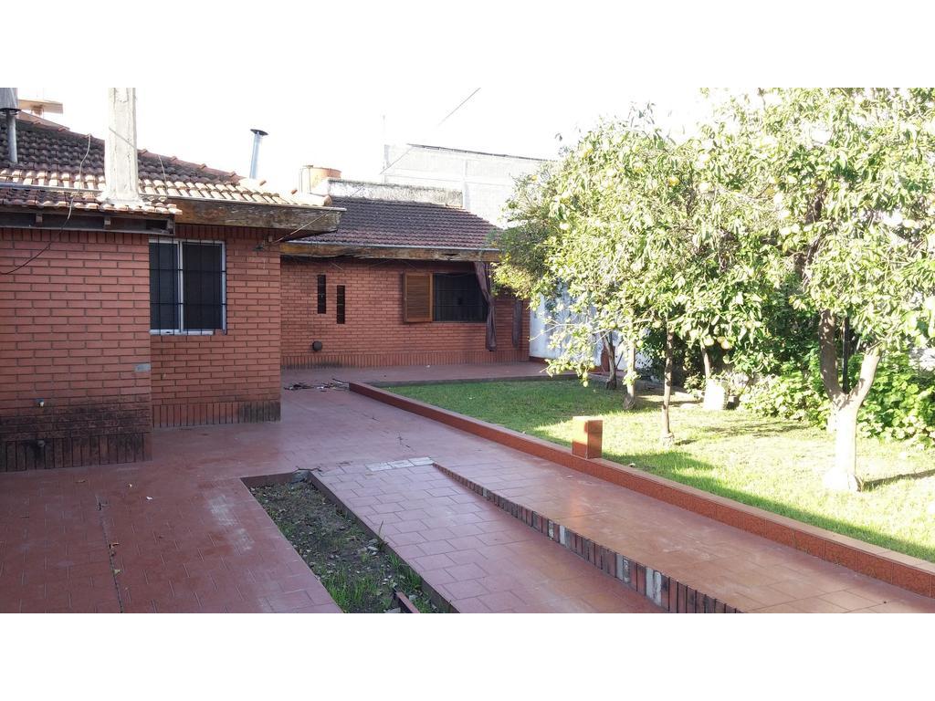 Casa en venta en napoles 5600 villa ballester for Jardin belen villa ballester