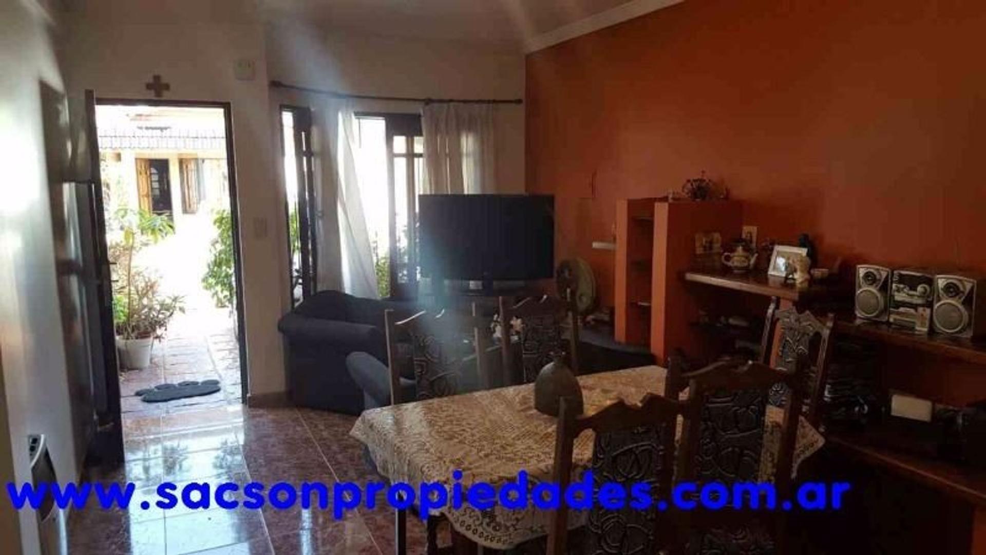 V546 Haedo Duplex 3 amb. con cochera - Consultas: tel 4656-0788