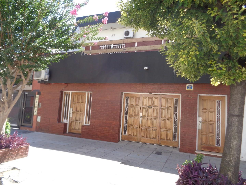 Casa en Venta en Villa Real - 5 ambientes
