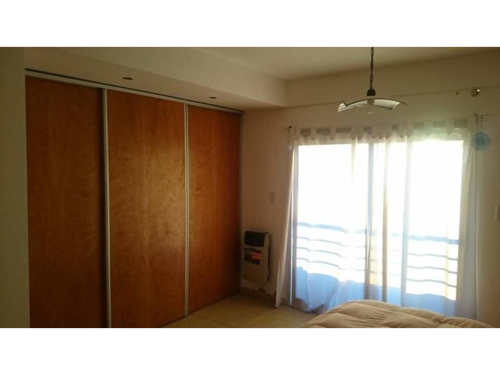APTO BANCO Vendo Monoambiente 42 m2, 4 años, balcón, placard.
