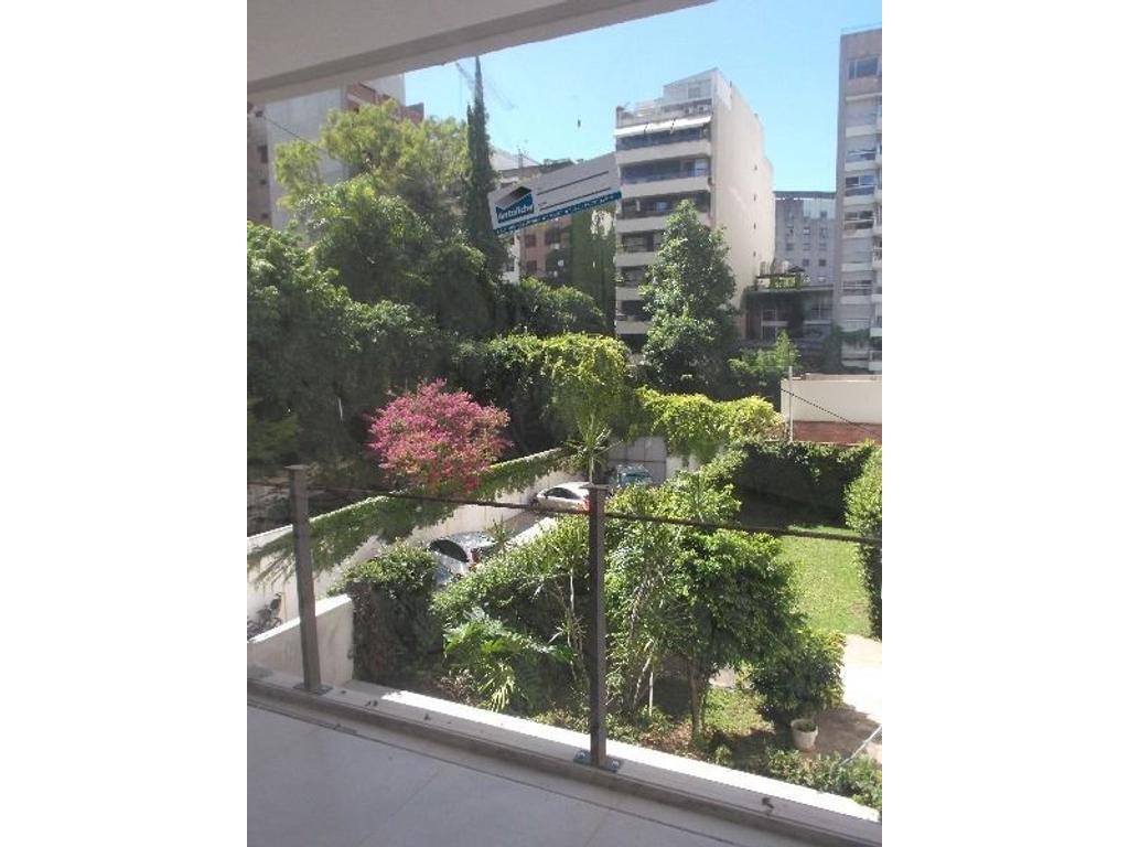 Belgrano Chico . José Hernandez 1400  - Luminoso 2 ambientes a contrafrente abierto  .