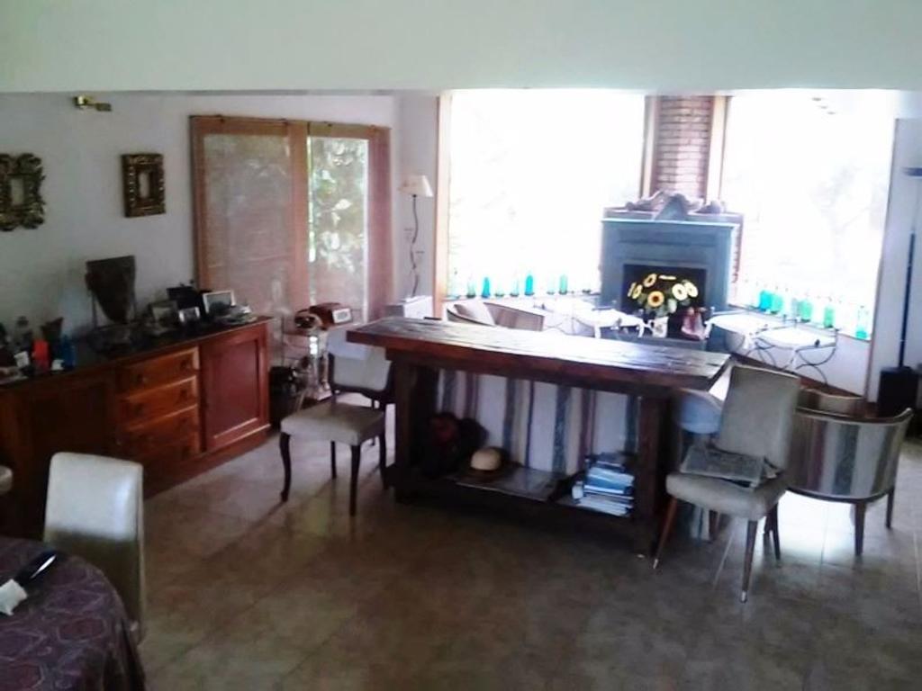 VENDO -CASA-COUNTRY NAUTICO-AMARRA-boat center-tigre.gba norte,3 dormis-3 baños