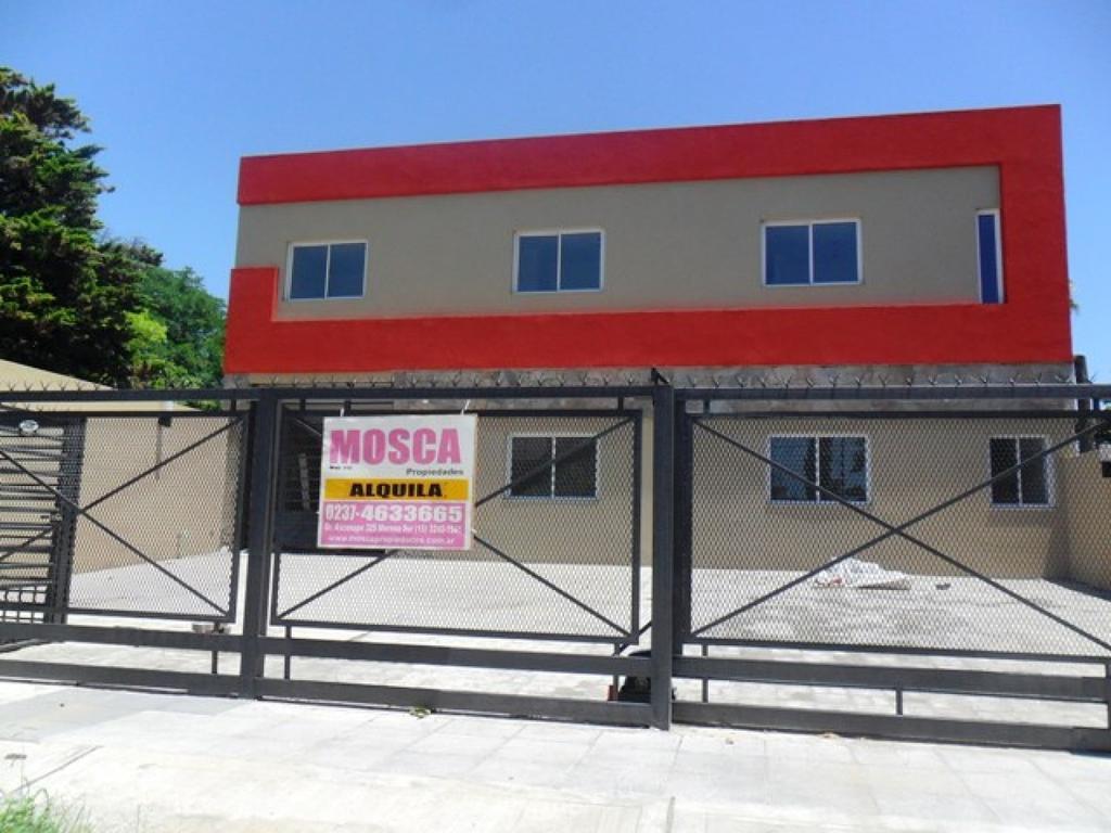 Oportunidad departamento 3 ambientes en Moreno centro