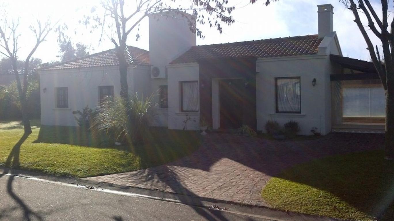 Casa  en Venta ubicado en San Patricio, Zona Oeste - OES0507_LP83902_3