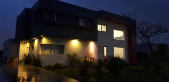 Casa en Barrio San Francisco, Aristóbulo del Valle 5155 - Villa Nueva (Benavidez - Tigre)