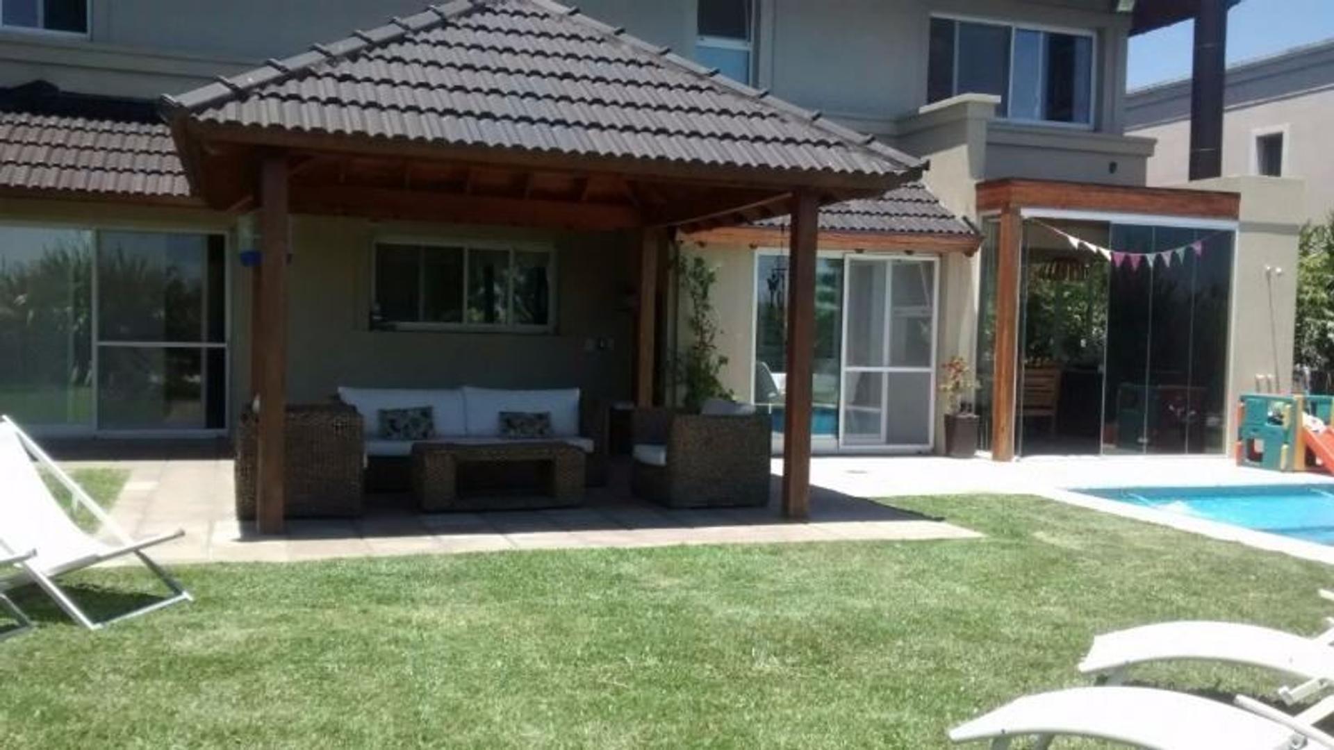 Casa en Alquiler en El Rocio