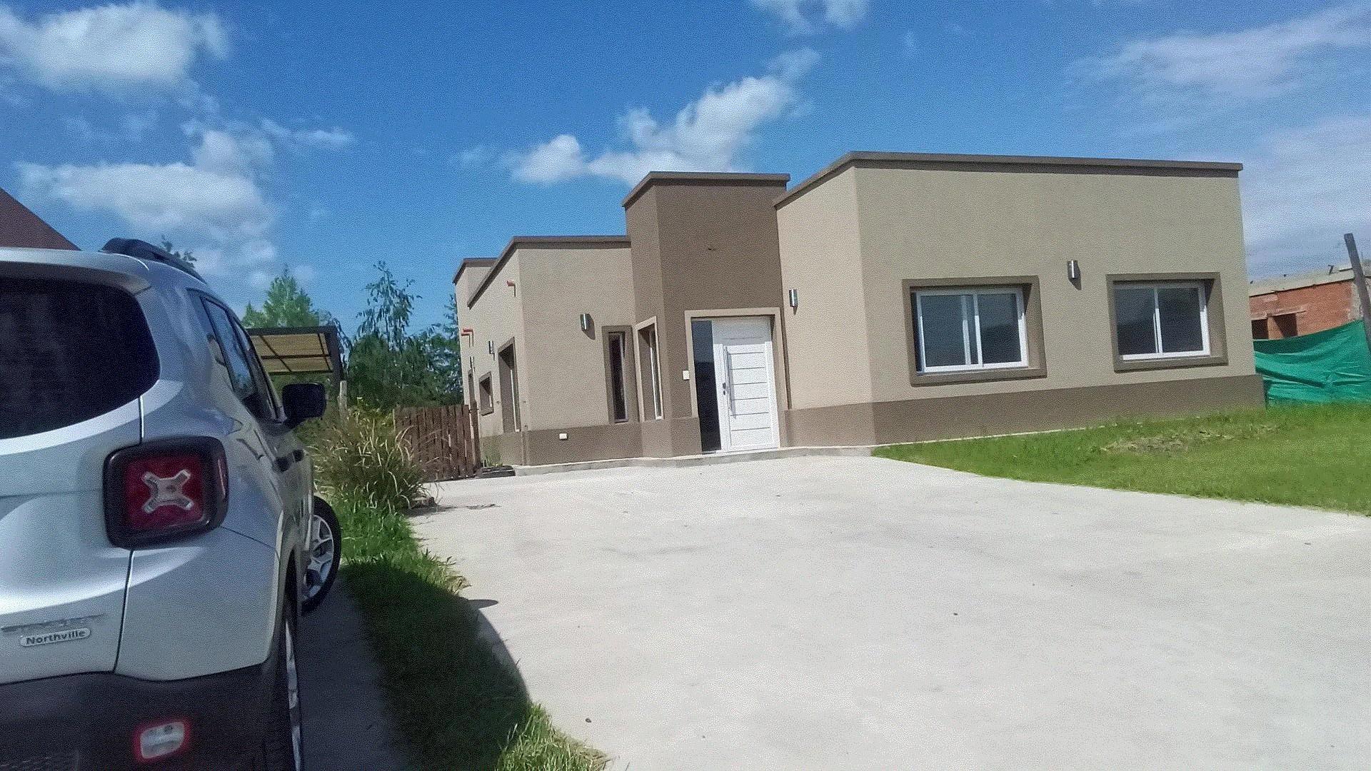 Casa en Venta - 6 ambientes - USD 187.600