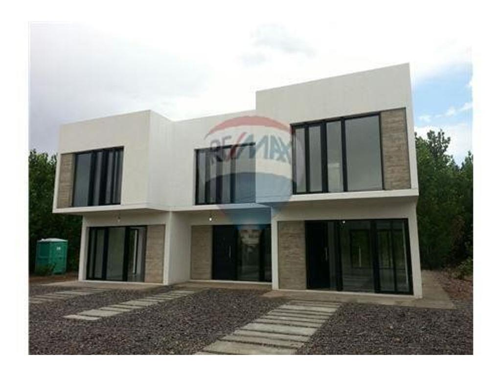 Vende 3 Duplex 2 d nivel gerencial en bloque Añelo