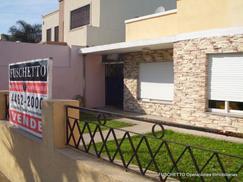 Casa en lote propio en Tapiales - Venta (Cod. 571)
