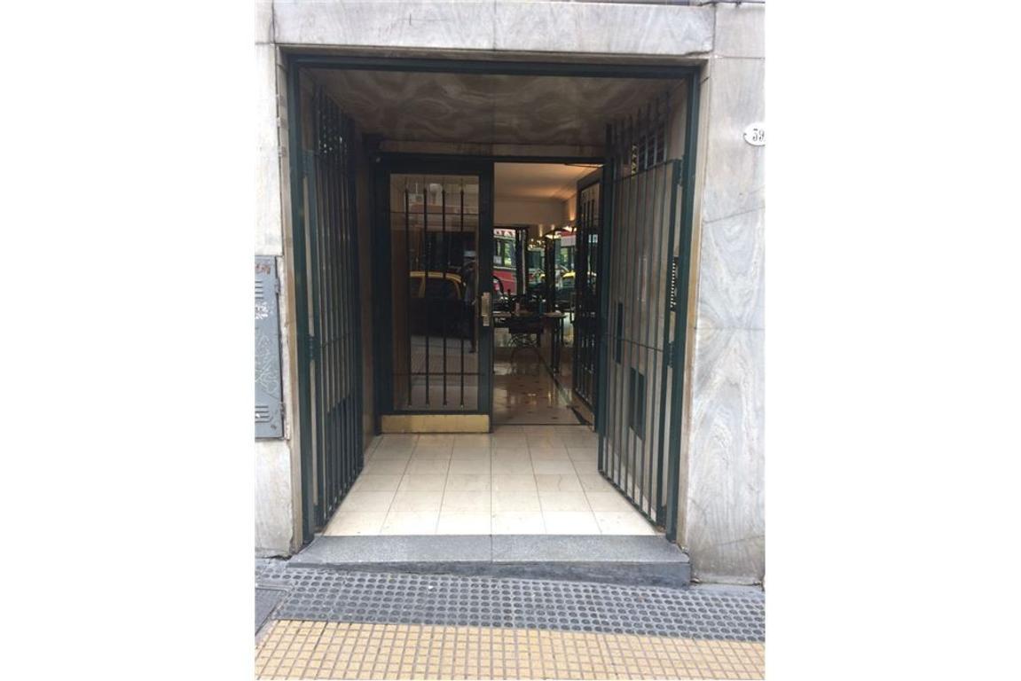 Venta Departamento 3 Ambientes Avenida Cordoba 300