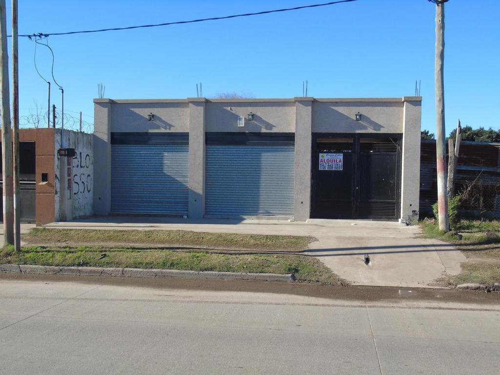 Local en Alquiler en La Plata Av 520 E /155 Y 156 Dacal Bienes Raices