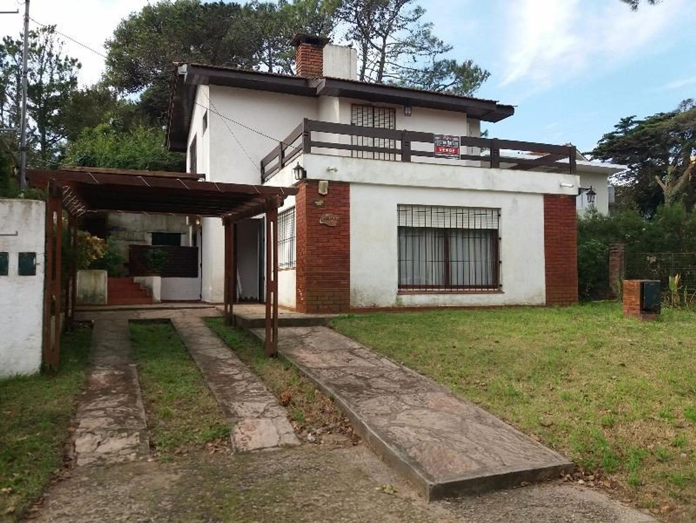 En Venta, Villa Gesell, Barrio Norte, P.H. con 4 dormitorios