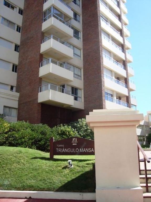 Departamento de 3 ambientes  en Torre Triángulo Mansa, Parada 2 Brava, Punta del Este