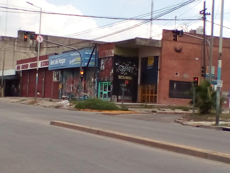 Local en Alquiler en Sarmiento