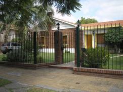IMPORTANTE CASA ZONAELPALOMAR EXCELENTE UBICACION