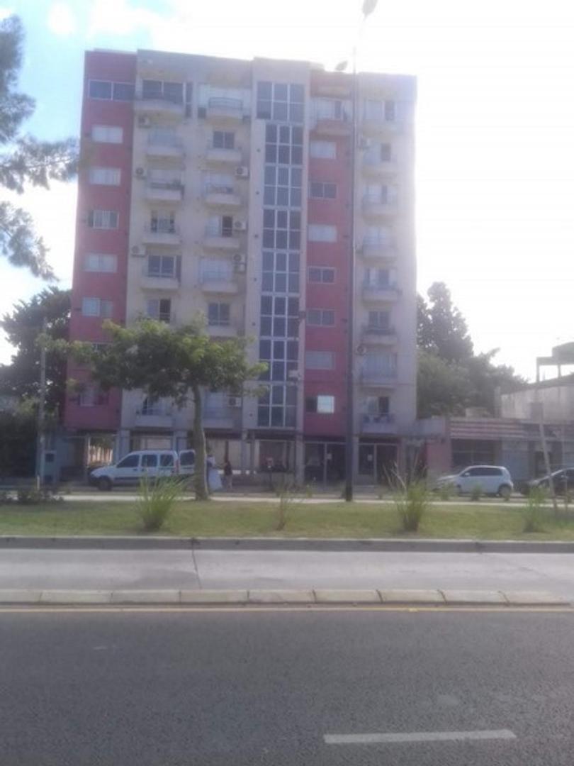 Cochera en Venta en Barrio Guemes