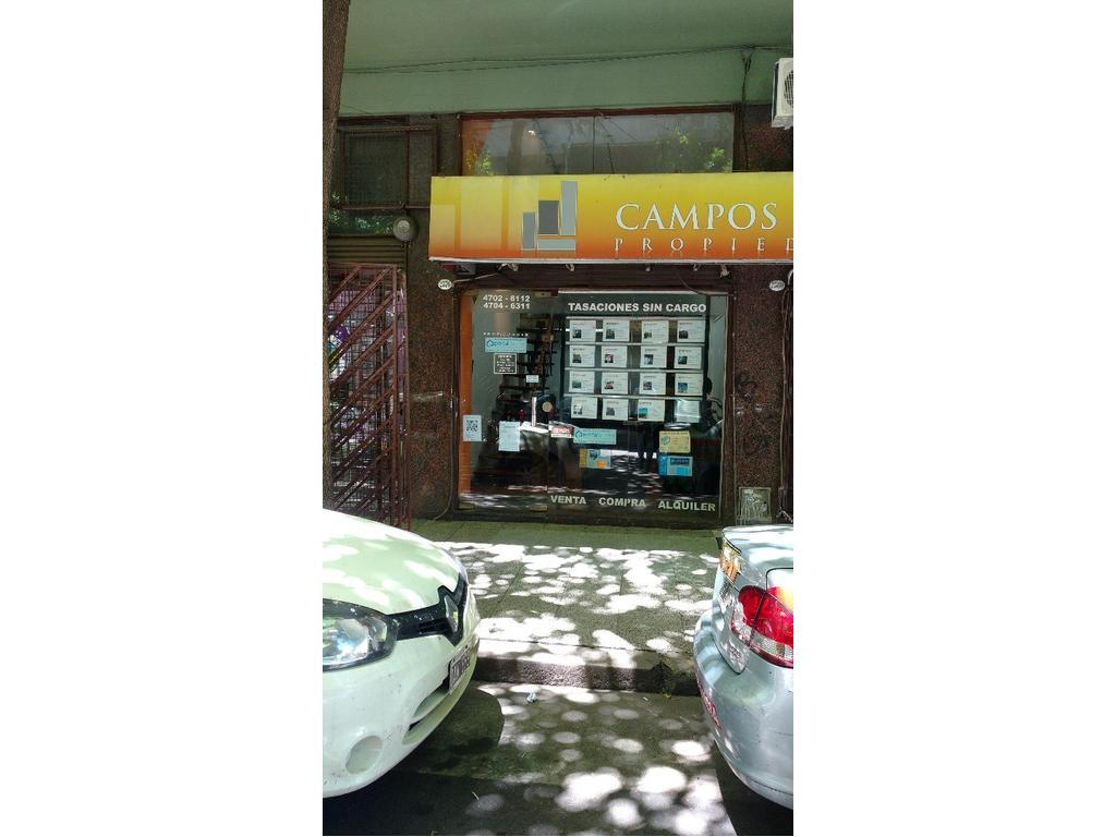 Regio local a mts de Cabildo y en cuadra muy comercial con 21 locales.