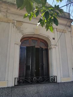 CASA EN ALQUILER EN EL BARRIO DE FLORES