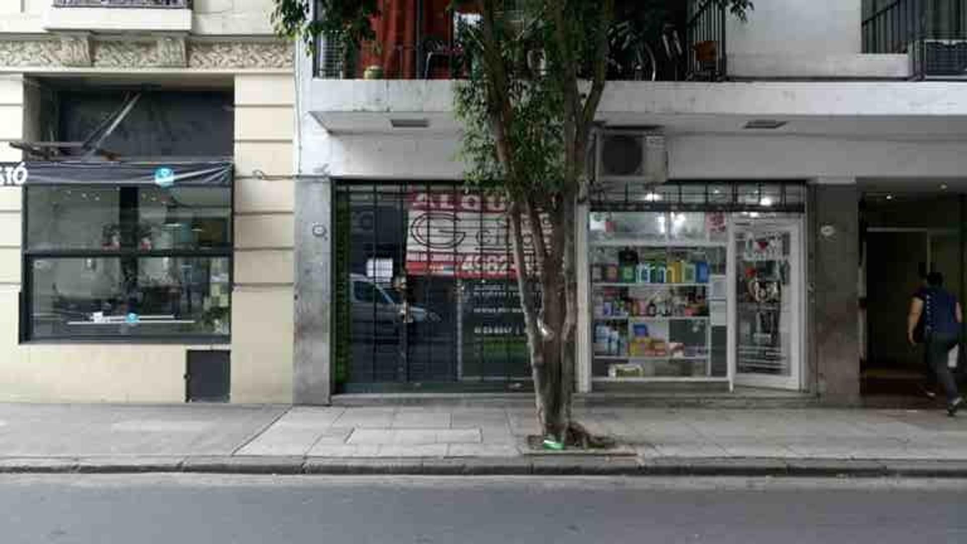 Alquiler Local 74 metros comercial barrio congreso patio