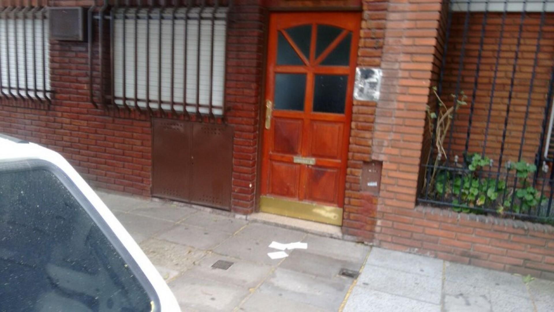 DEPARTAMENTO DE 2 AMBIENTES EN EXCELENTE ESTADO