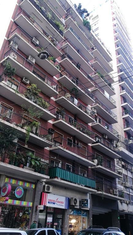 Hermoso Depto De 3 Ambientes Al Frente Con Balcon Y Cochera Exelente Ubicacion.
