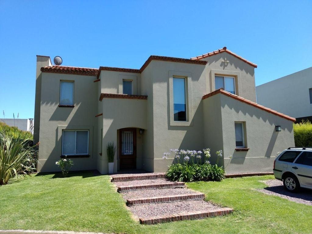 DIVINA!! excelente casa en Venta