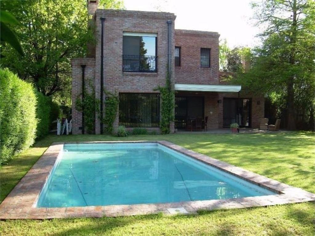 Casa En Alquiler Por Temporada En Burgos 1000 Triangulo