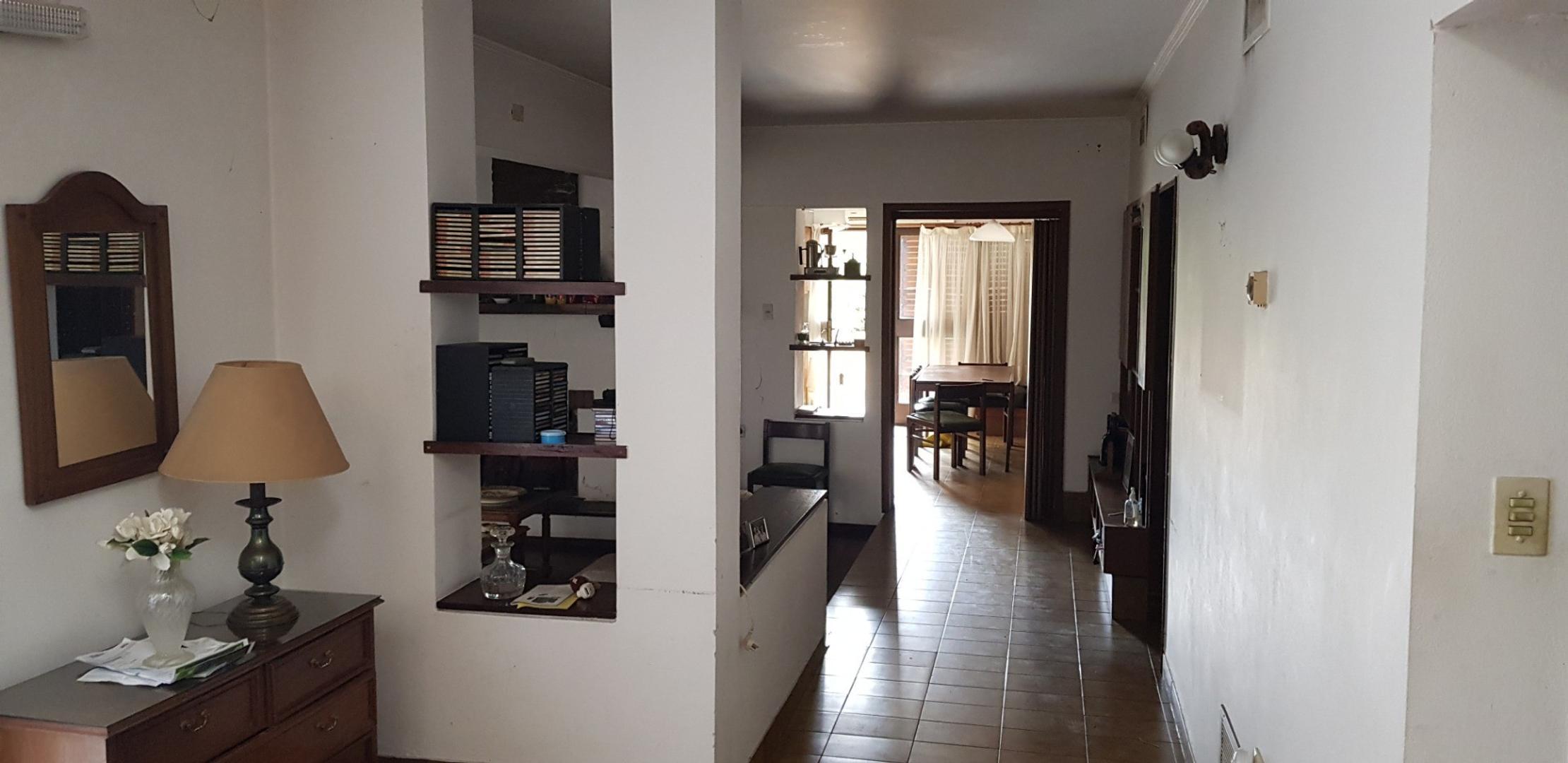 Casa en La Plata con 5 habitaciones