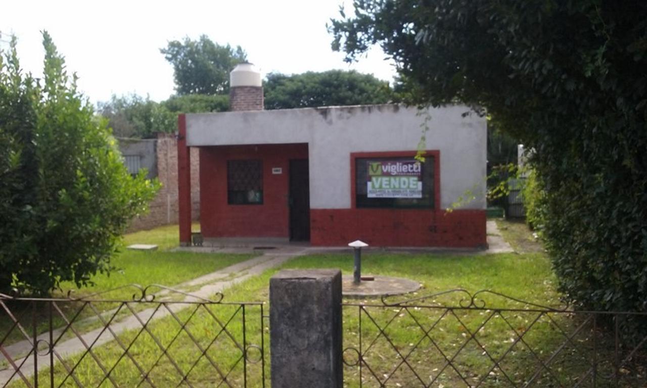 CASA TIPO AMERICANA- BOSQUES