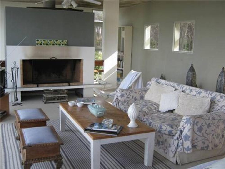 Casa en Alquiler Por Temporada en Maldonado - 6 ambientes