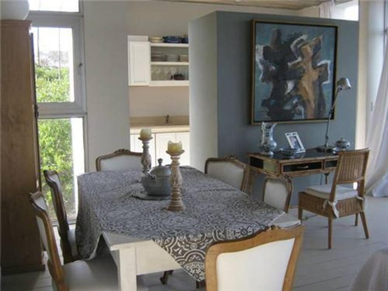 Casa en Alquiler Por Temporada - 6 ambientes - USD 6.000