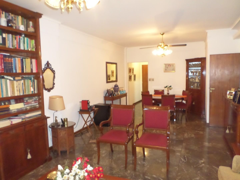 Departamento - 100,87 m² | 3 dormitorios | 40 años