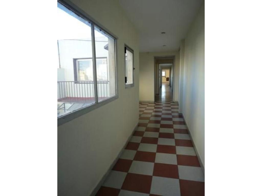 Oficina en alquiler en lima 711 microcentro argenprop for Oficinas en alquiler
