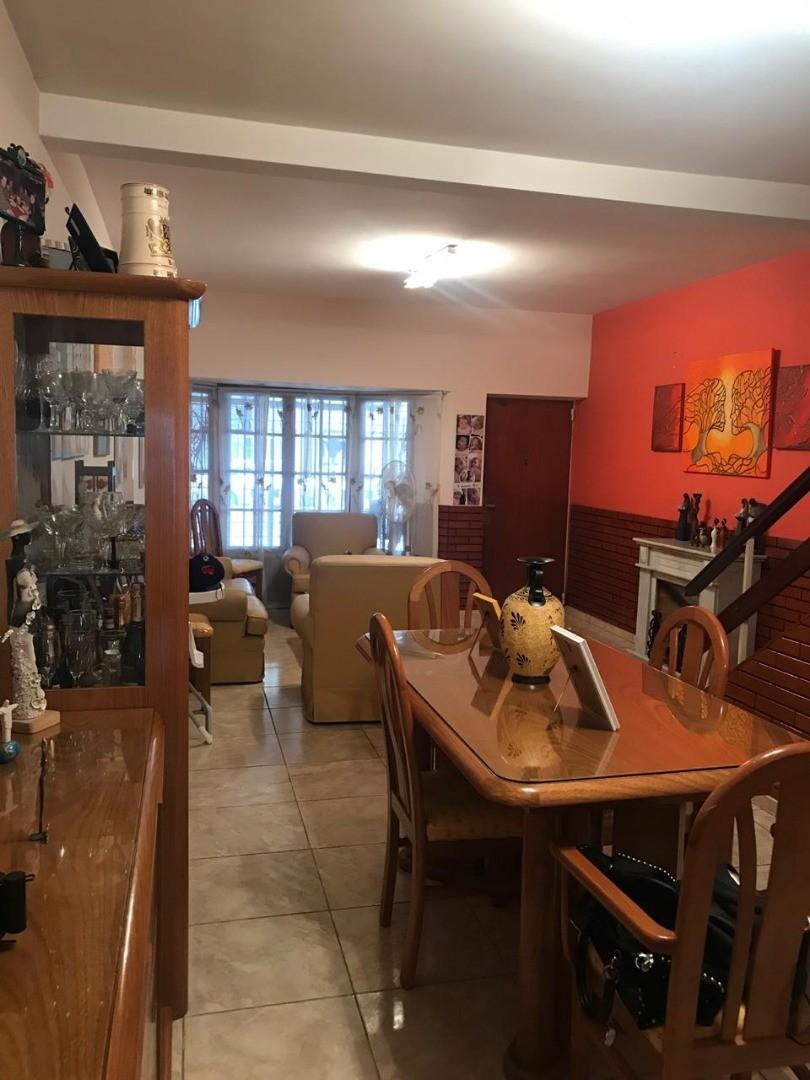 Casa en Venta en Velez Sarsfield - 4 ambientes