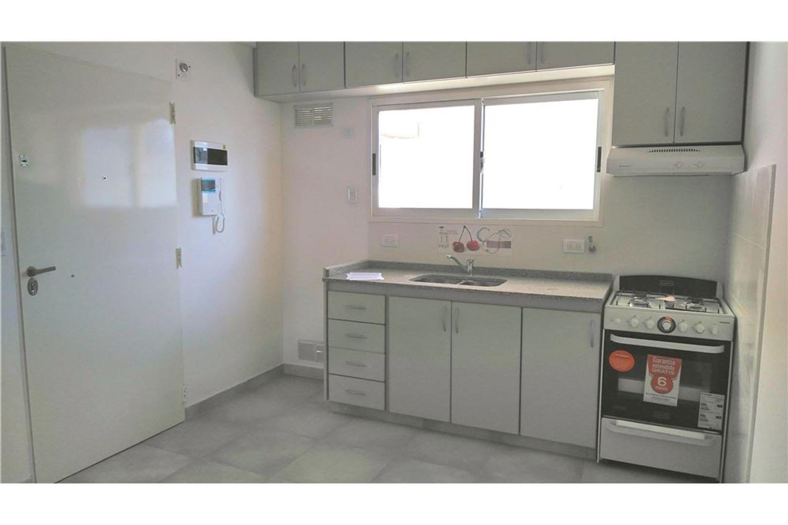 Departamento 2 AMB Estrenar/Balcon  /Centro Casero